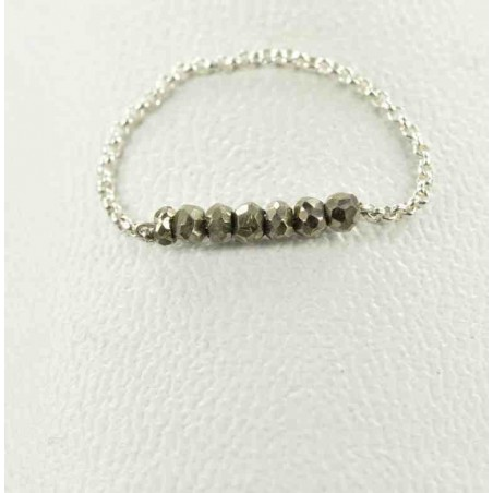 Bague chaînette argent et perles de pyrite.