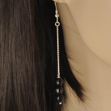 Boucles d'oreilles chaînettes argent 925 et perles d'onyx.