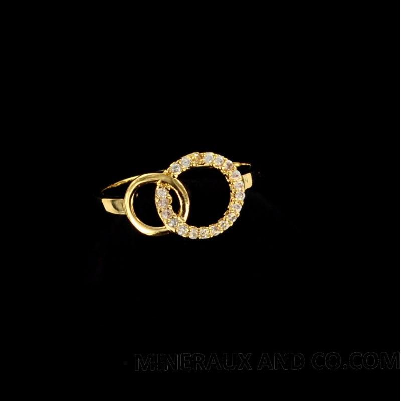 Bagues deux cercles plaquées or et zirconium.