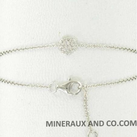 Bracelet chaîne argent et médaille serti de zirconiums blancs.