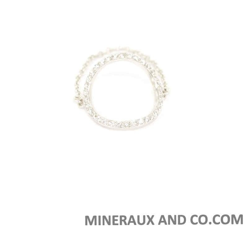 Bague cercle chaîne et zirconium blanc.