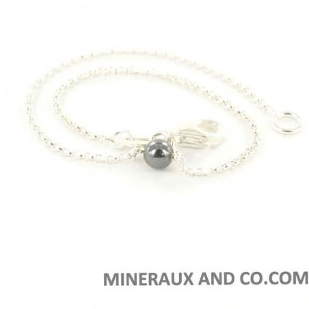 Bracelet et perle en hématite.