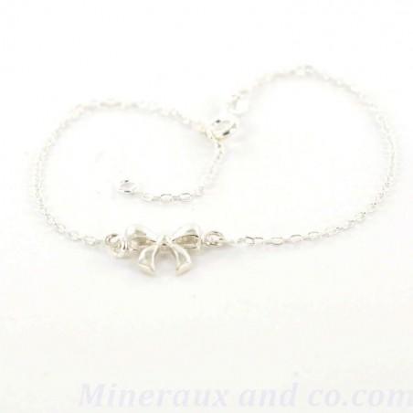 Bracelet chaîne petit noeud argent.