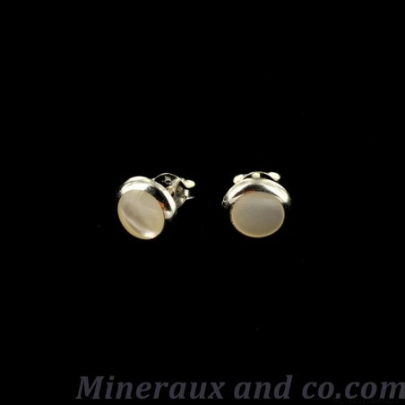 Boucles d'oreilles bouton nacre et argent 925.