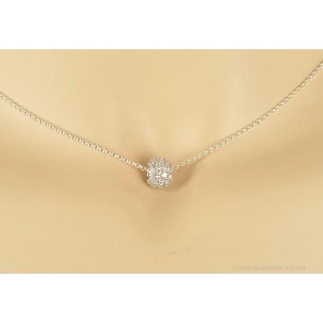 Chaîne et pendentif perle d'argent incrustée.