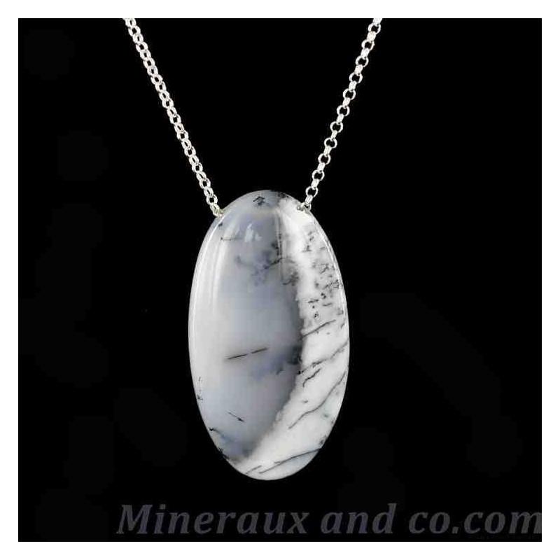 Collier en pierre opale dendrite.
