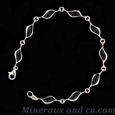 Bracelet larme de lave noire