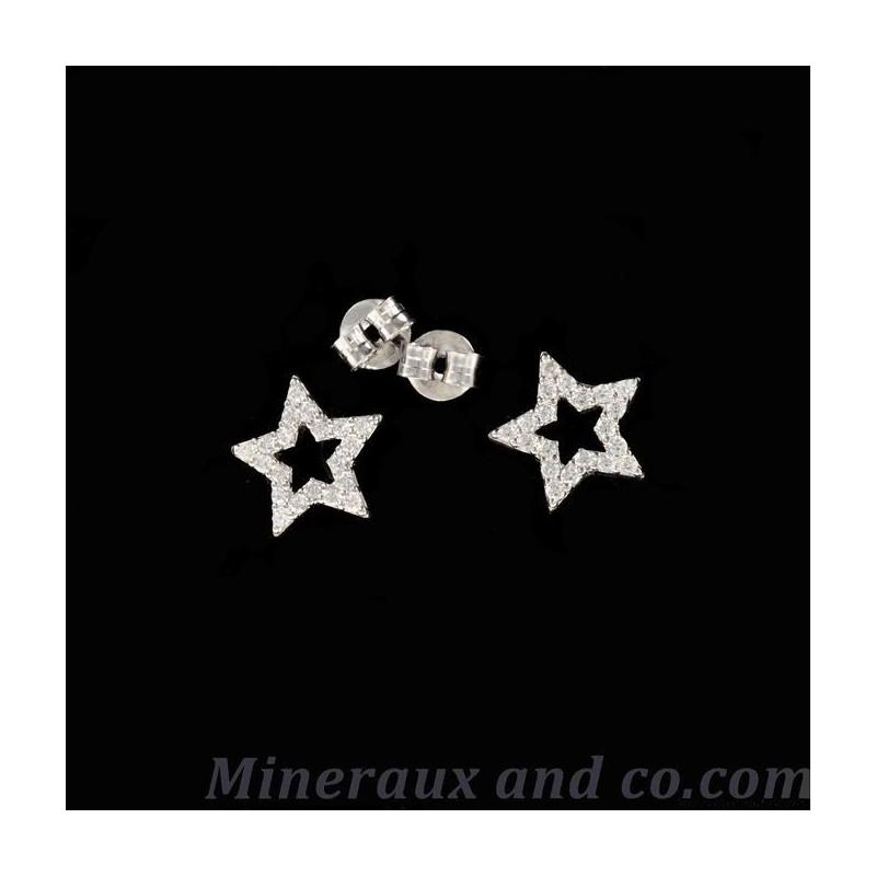 Boucles d'oreilles étoile et zirconiums.