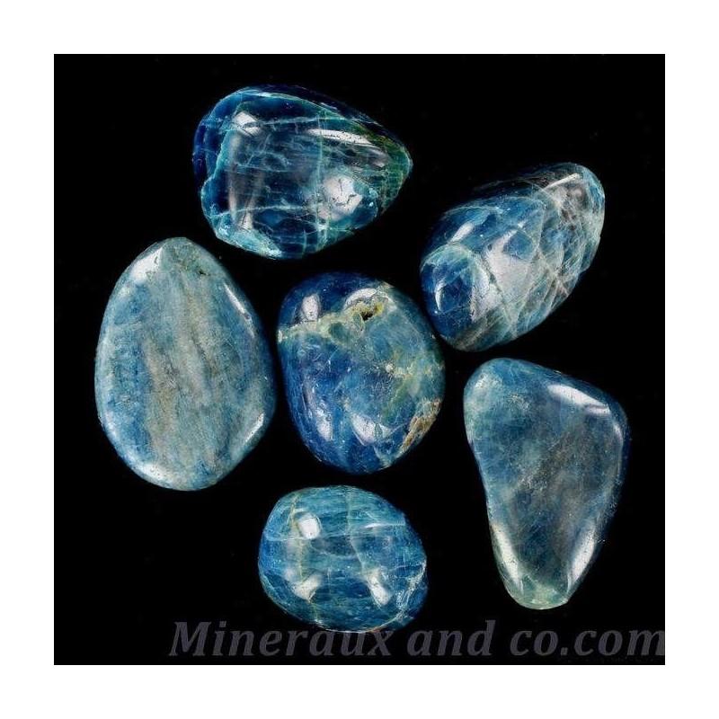 Lot de 6 apatites bleues en pierres roulées