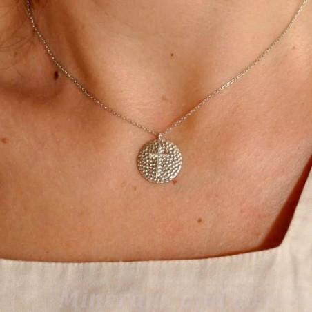 Pendentif médaillon croix