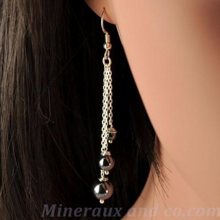 Boucles d'oreilles chaîne et perle en hématite.