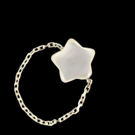 Bague chaînette étoile de nacre blanche