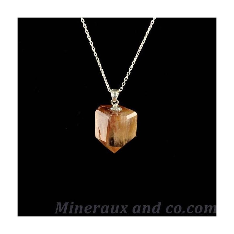 Pendentif quartz rutile et attache en argent.