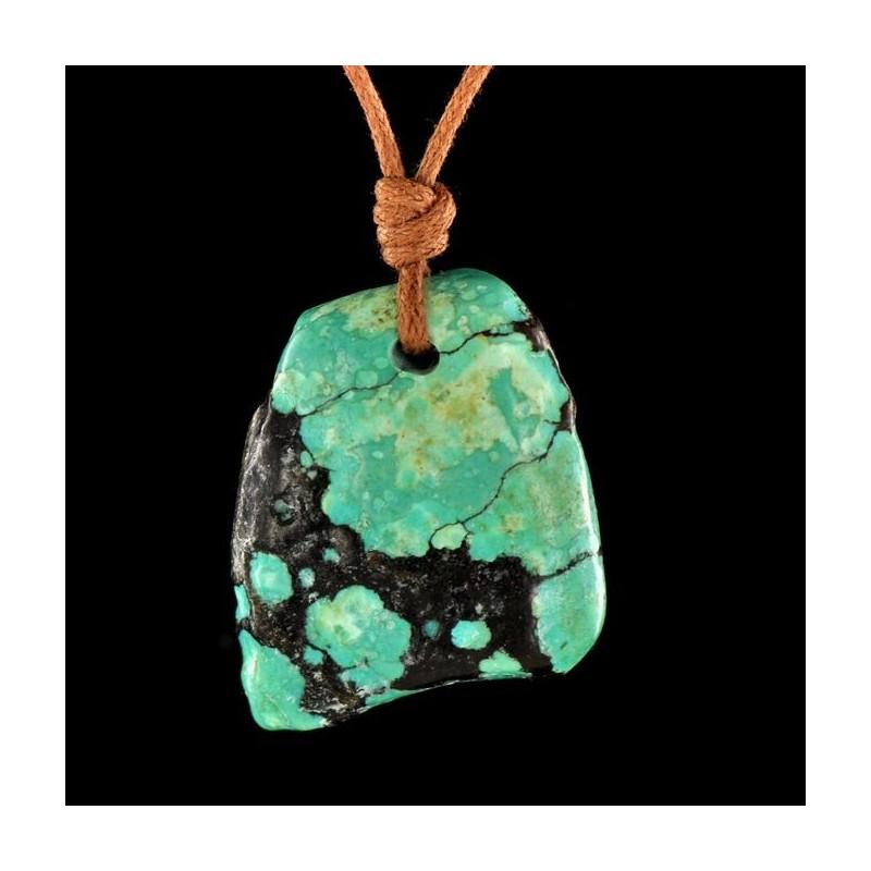 Pendentif turquoise du Tibet en pierre percée.