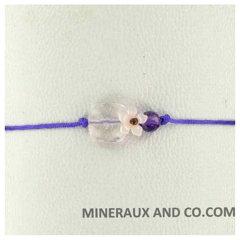 Bracelet quartz rose facetté fleur de nacre rose et cordon violet.