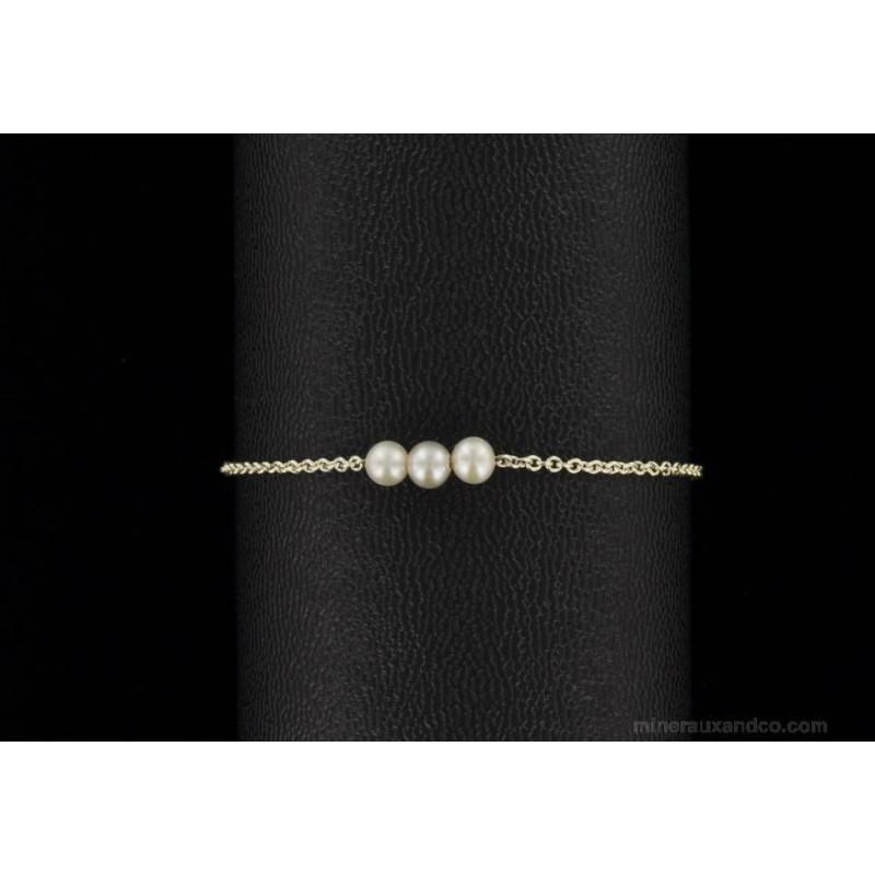 Bracelet argent 925 et trois perles de culture d'eau douce grises.